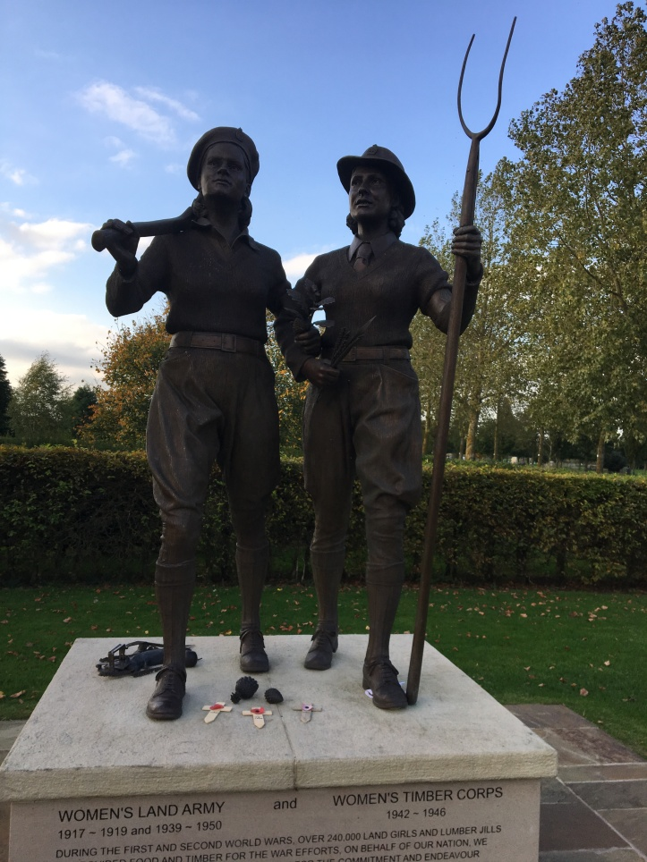 Memorial to the Women's Land Army